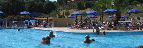 Zwembad Valle Gaia Italie
